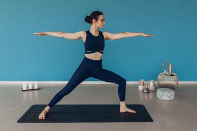 Yoga by Veronika, Krieger II